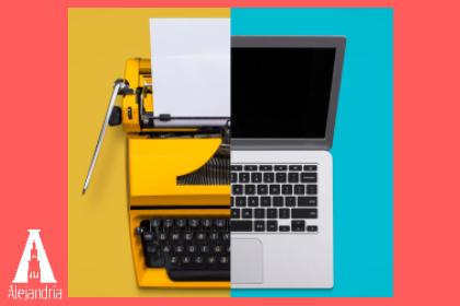 maquina de escribir y computadora para hacer un guion de cine