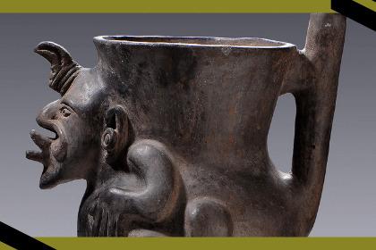 Cerámica zapoteca: vasija tallada en piedra con figura de hombre.